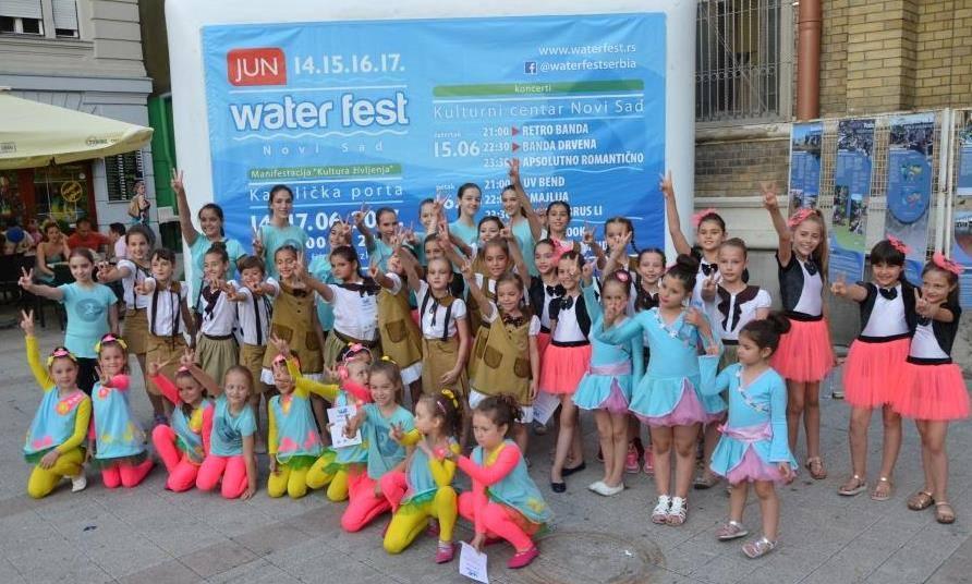 """""""Water Fest"""" uručio donaciju Kliničkom centru Vojvodine"""